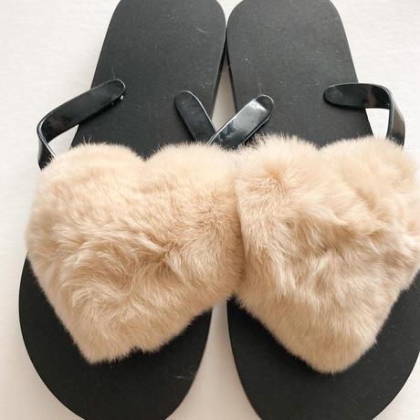 Special SALE : Heart fur sandals