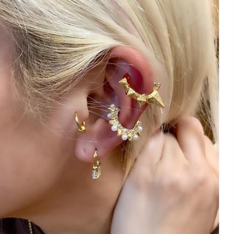Rock pearl ear cuff