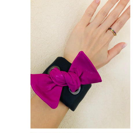 burself exclusives ribbon bracelet