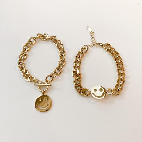 Smiley chain bracelet