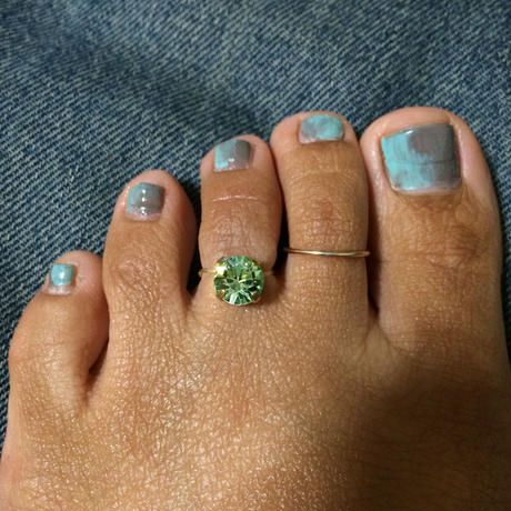 Swarovski toe ring