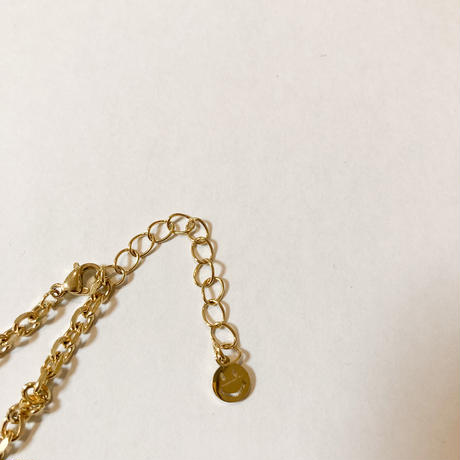 Smiley short necklace