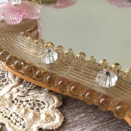 ムラノ硝子ピンクのお花モチーフの鏡
