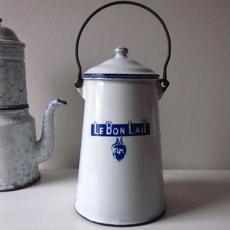 ホーローミルクポット Le Bon Lait