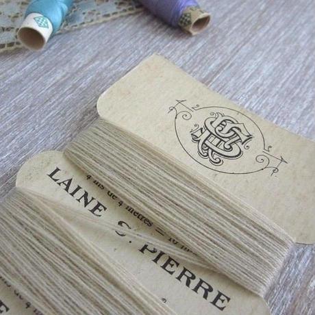 St.Pierreウールの糸巻き(ベージュ)