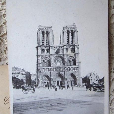 パリ・ノートルダム寺院のポストカード