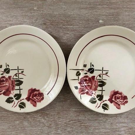 バドンヴィレ窯薔薇モチーフのデザート皿