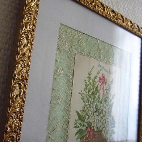 ガラス付き小花モチーフがあるフレーム