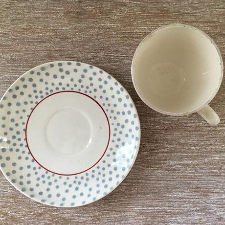 サルグミンヌ窯ルネシリーズのコーヒーカップ&ソーサー(A)