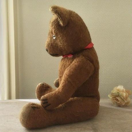 チョコレート色の鳴くクマちゃん