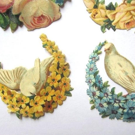 白鳩とフラワーリースのクロモス6個セット