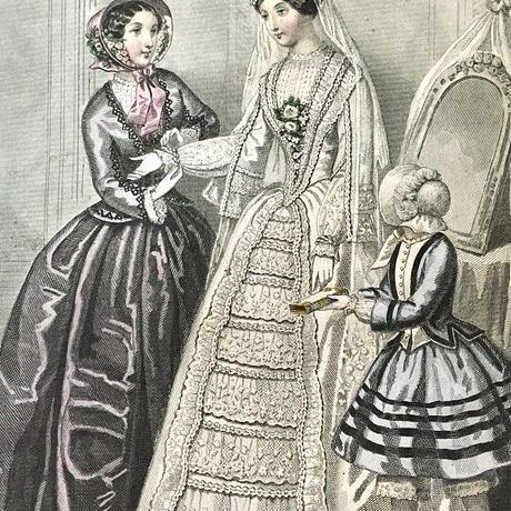 結婚式の身支度を整えた花嫁のグラビュール