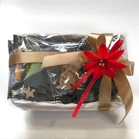【30セット限定】クリスマス籠 プレミアム ギフト(ドリップパック 13g x 3枚 イタリア産ヘーゼルナッツチョコレート6個 組立オーナメント2個付 クリスマスリボンラッピング)12月18日頃お届け