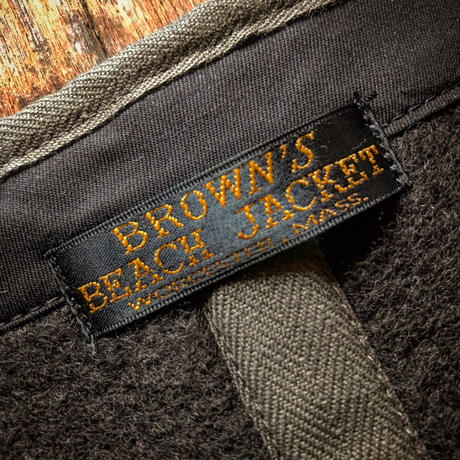 Browns Beach / EARLY VEST
