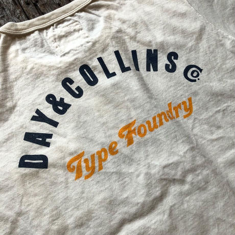 FULLCOUNT / DAY&COLLINS POCKET TEE(BACK PRINT)