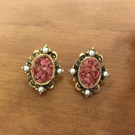 No.237  サーモンピンクのサンゴが美しいイヤリング