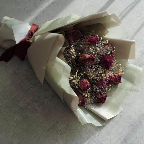 【ダズンローズ】ドライローズの花束 12本のバラ
