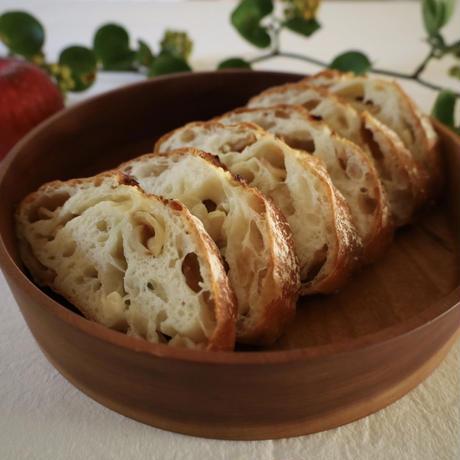 「りんごのお菓子とパン」