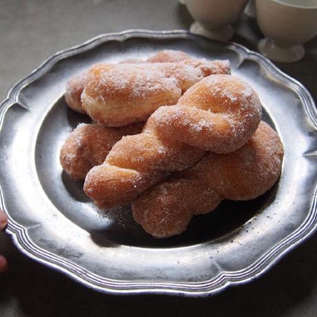 「おやつ」ドーナッツ