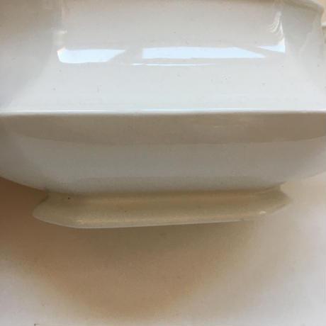1970、80年代 ジョンソン・ブラザーズ ヘリタージュ・ホワイト オクトゴナル型 ソーシエール