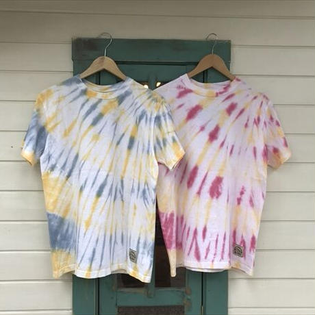 MORE THAN CAMP FEATHER DYE Tシャツ