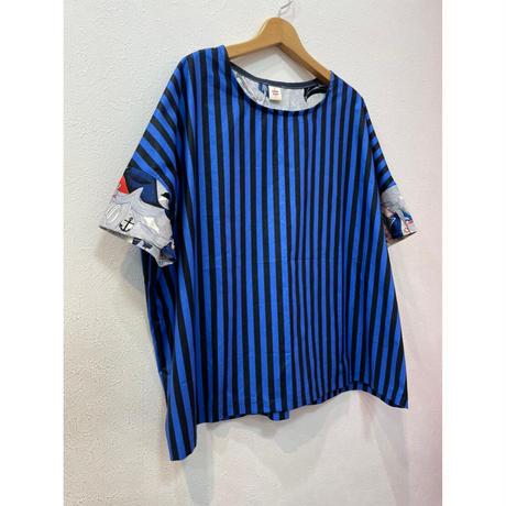 MORIyumi.ワイドTシャツ(ブルーストライプ×人柄).P970