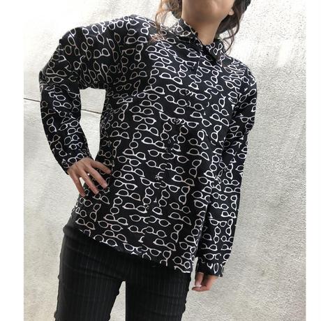黒×白メガネ柄シャツ.443