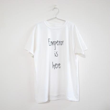 【OSOROI】エンペラーはここにいるTシャツ<Emperor is here>