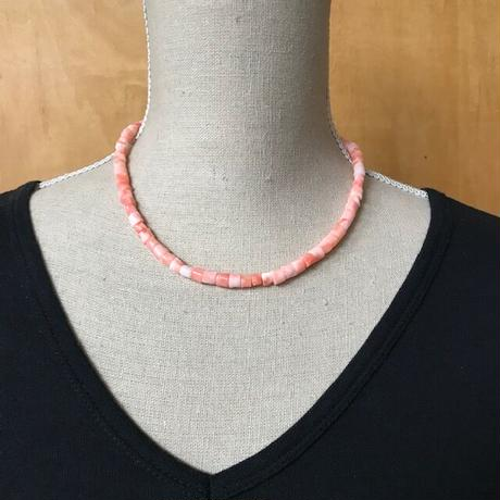 パイプ型珊瑚ネックレス