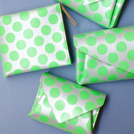 New!コンパクトウォレットクリアドット ネオングリーン 【Compact Wallet Clear Dot Neon Green  】