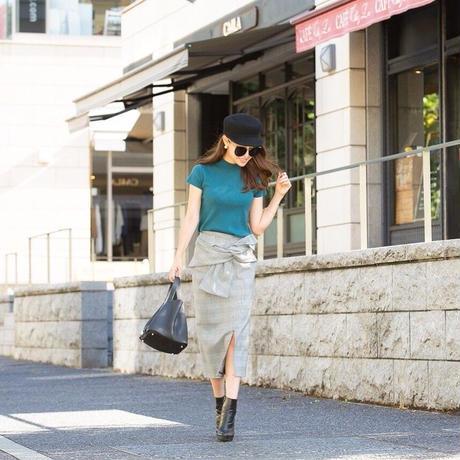 フロントリボンミディアムタイトスカート