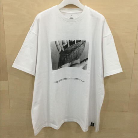 Graphpaper / GU211 70180 / POET MEETS DUBWISE for GP Oversized Tee (WHITE)
