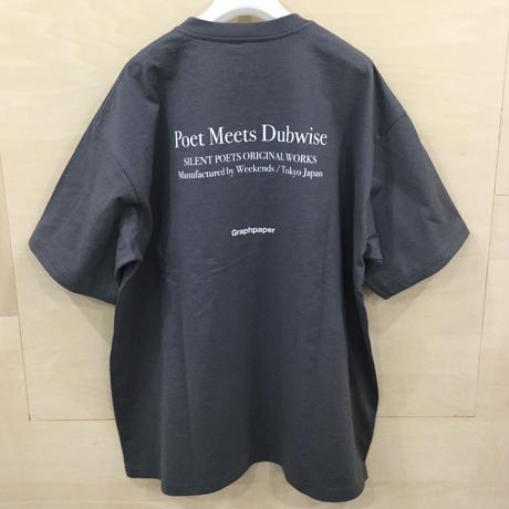 Graphpaper / GU211 70180 / POET MEETS DUBWISE for GP Oversized Tee (GRAY)