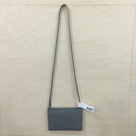 Aeta / LE19 / FLAT SHOULDER BAG (S) (GRAY)