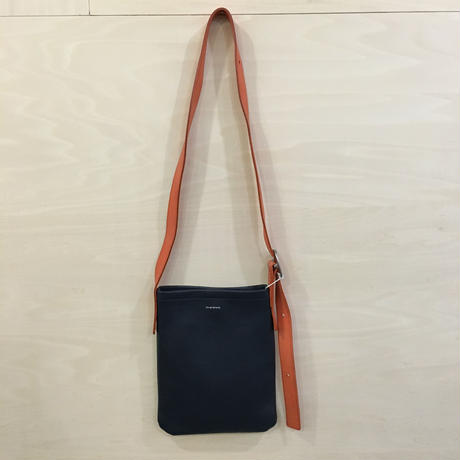 Hende Scheme / One Side Belt Bag Small (NAVY)