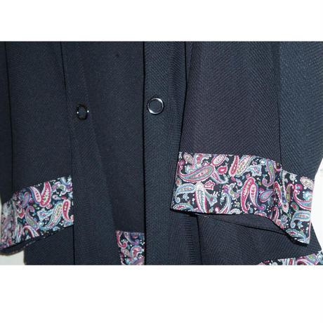 袖と裾の切り替えと前下がりのシルエットが天才な羽織