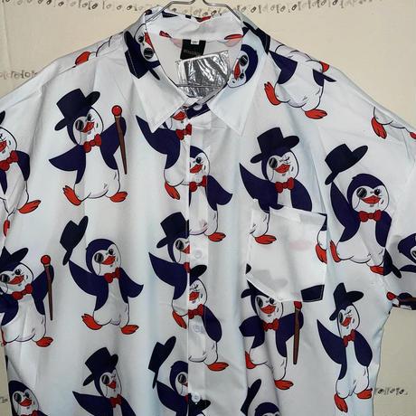 マジシャンペンギンまみれ総柄シャツ
