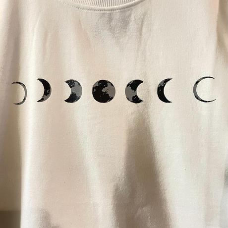 月の満ち欠けロンT(white)