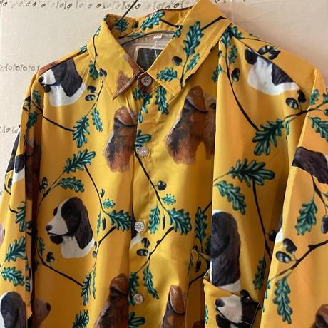 犬まみれ総柄シャツ