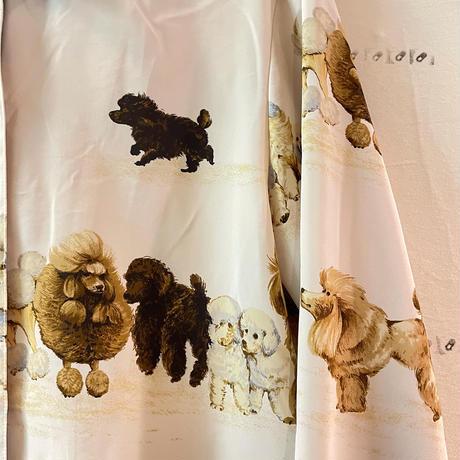高そうな犬の総柄usedシャツ