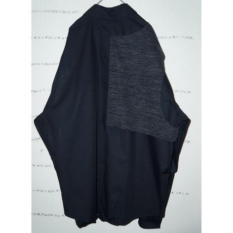 Knit docking black shirt