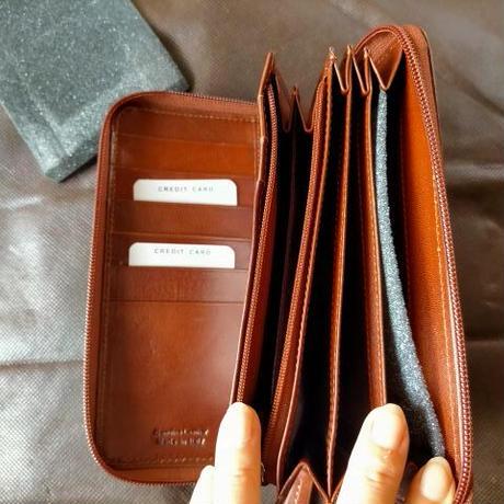 即発送!イタリア製長財布 キャメル お誕生日プレゼントに!