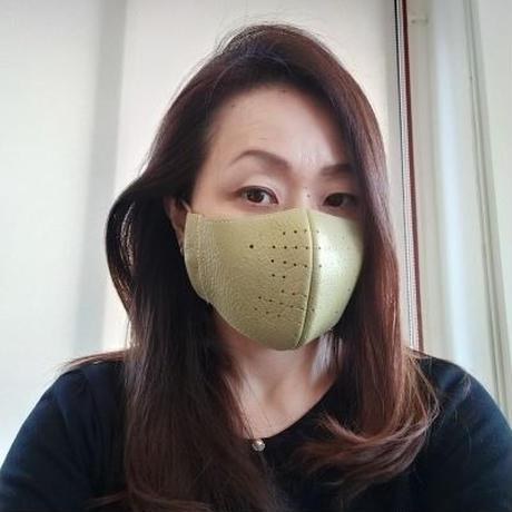 グリーン イタリア製革マスク 二重マスク用にも。お洒落なアイテムに!