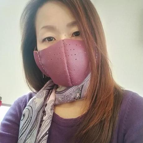パープル イタリア製革マスク!二重マスクにも。お洒落なアイテム。
