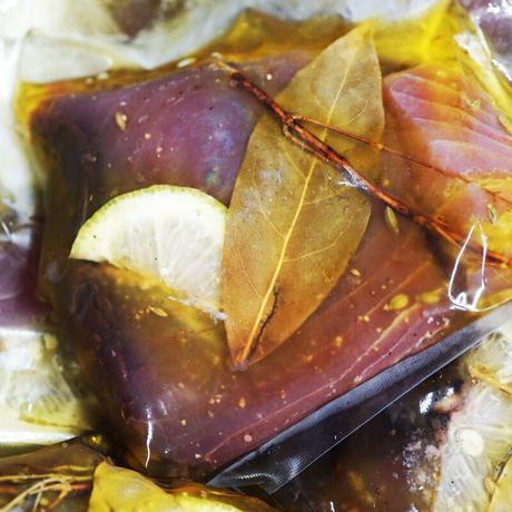 63度で低温調理した一本釣りのキハダマグロオイル漬け(210g)/中山晴奈