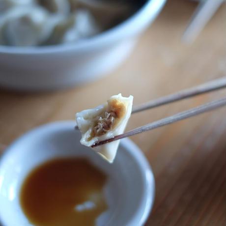 小沢家伝統の豚肉と白菜の水餃子(20個)/モコメシ