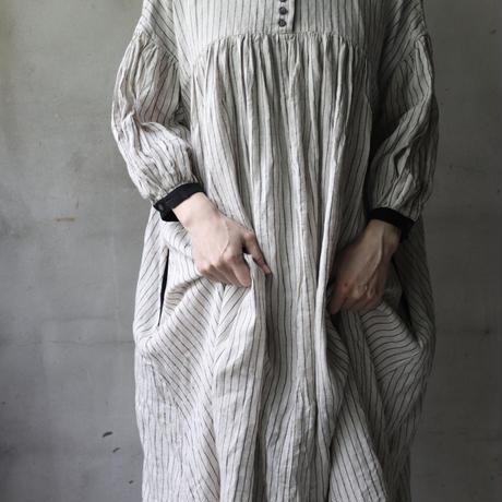 cavane キャヴァネ /   Balloon sleeve dressⅡバルーンスリーブドレスⅡ  / ca-21085