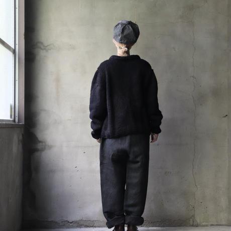 BIEK VERSTAPPEN / Hand-knit cardigan  / Bie-21015