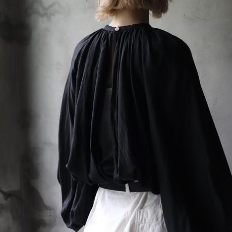 cavane キャヴァネ / Back open balloon blouseブラウス / ca-21031