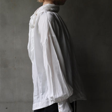 cavane キャヴァネ / Pull-over blouse with tieブラウス / ca-21037